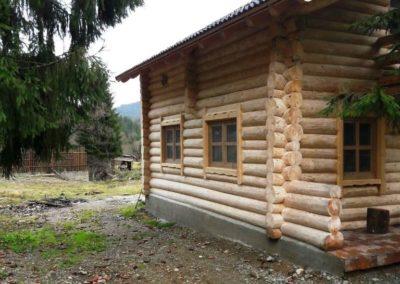 Pompa de caldura geotermala NIBE la pensiune din lemn
