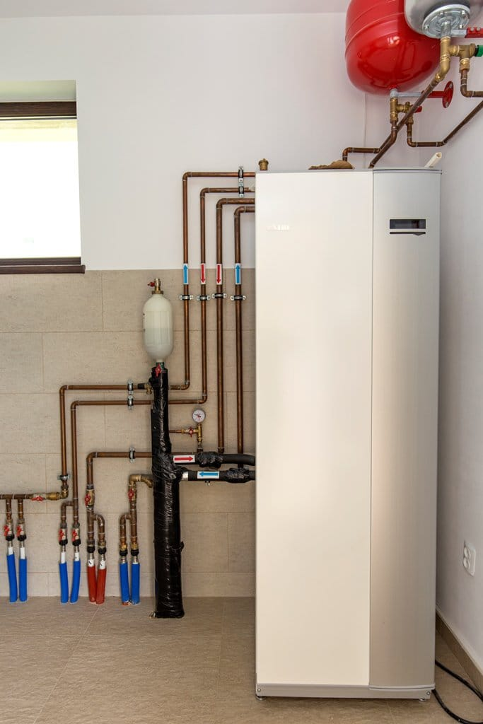 Pompa de caldura sol/apa cu boiler incorporat NIBE F1245-8